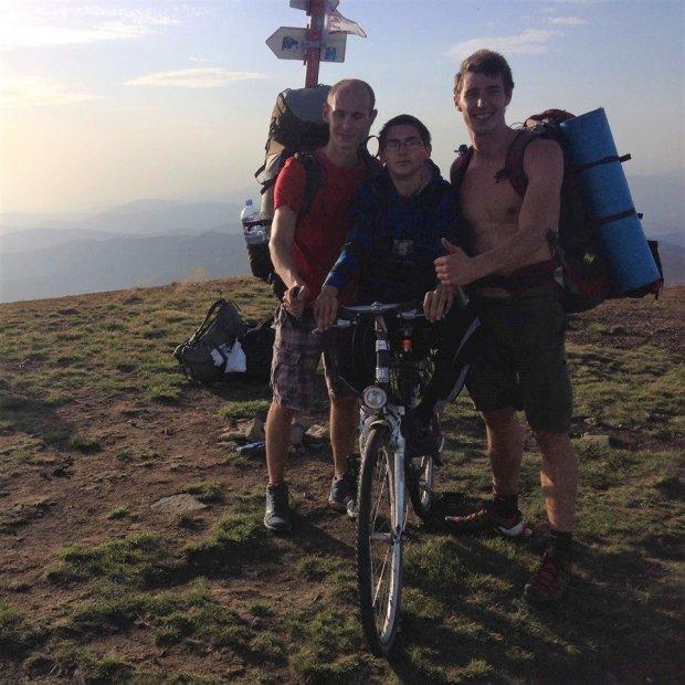«В Україні подорожувати можна всіма горами, навіть якщо ти людина з інвалідністю», — засновник організації, яка допомагає людям піднятися в гори. on 3 wheels, іван маслюк, гори, подорож, інвалідність