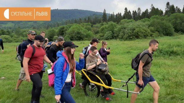 Інклюзивні походи в гори: проєкт «On3Wheels — Фонд здійснення мрій» відкрив 4-й сезон. іван маслюк, олексій скриба, ветеран ато, гора пікуй, інвалідність