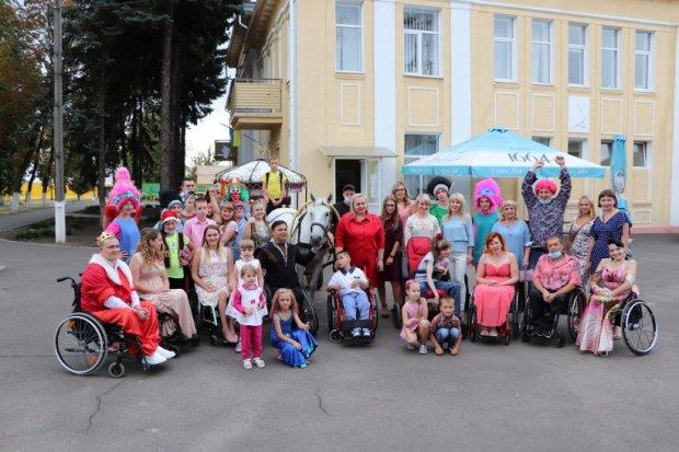 У Краматорську пройшов інклюзивний фестиваль дитячої творчості «Майбутнє Донбасу». краматорськ, реалізація, розвиток, фестиваль майбутнє донбасу, інвалідність