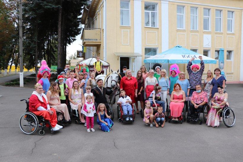 У Краматорську пройшов інклюзивний фестиваль дитячої творчості «Майбутнє Донбасу» (ФОТО). краматорськ, реалізація, розвиток, фестиваль майбутнє донбасу, інвалідність