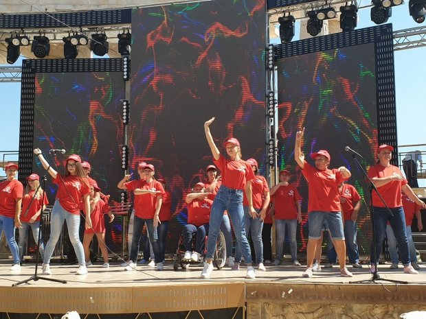 Фестиваль «Надія є» представив творчість дітей та молоді з інвалідністю. одеса, виступ, творчість, фестиваль надія є, інвалідність