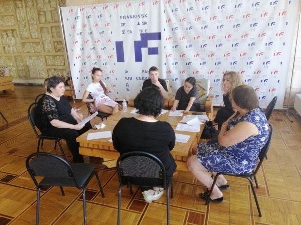 У Франківську люди з інвалідністю стануть акторами у театрі. івано-франківськ, актор, драмтеатр, проєкт коло-бо-раціо!, інвалідність