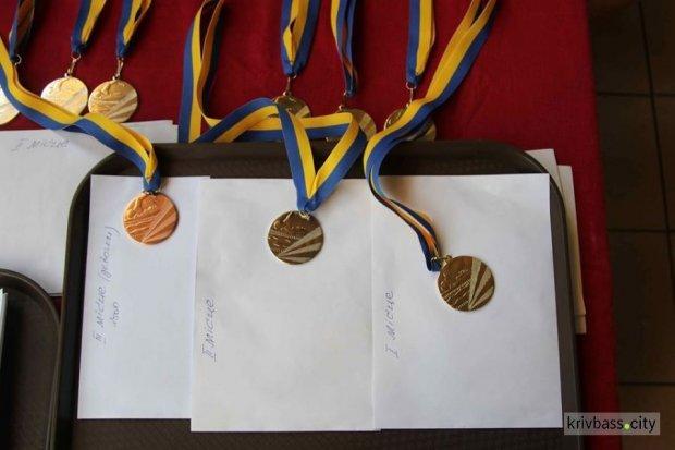 В Кривом Роге для военнослужащих с инвалидностью организовали турнир по плаванию. кривой рог, военнослужащий, инвалидность, плавание, турнир