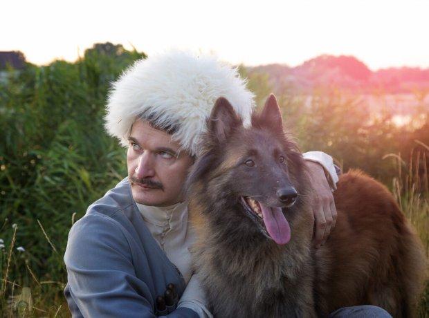 Кофейня и терапия с животными: как в Одессе адаптируют молодежь с ментальной инвалидностью?. одесса, инвалидность, канистерапия, кофейня, фотопроект