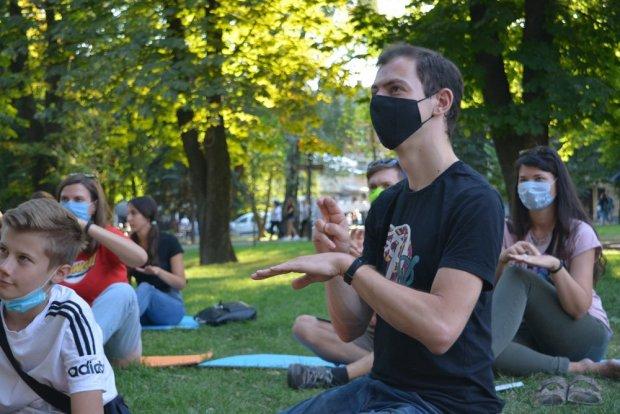 Почути та зрозуміти: як вінничани знайомились із жестовою мовою. вінниця, жестова мова, навчання, нечуючий, інвалідність