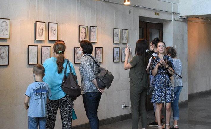 У Черкаському музеї відкрили виставку «Наснага душі». володимир перенесенко, черкаси, виставка, музей, інвалідність