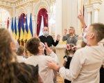 З ініціативи першої леді в Маріїнському палаці організовано екскурсії із сурдоперекладом (ФОТО). маріїнський палац, екскурсія, жестова мова, порушення слуху, сурдопереклад