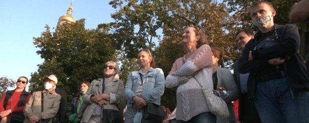 Для харків'ян з порушеннями слуху провели екскурсію центром міста. харків, вади слуху, глухий, екскурсія, сурдоперекладач