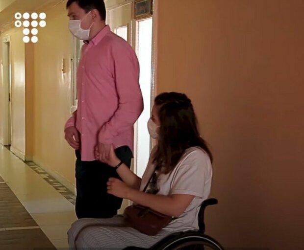 """Українка з інвалідністю пройшла крізь пекло заради омріяного малюка: """"Вагітна? Аборт, швидко!"""" (ФОТО, ВІДЕО). вагітність, діагноз, життя, жінка, інвалідність"""