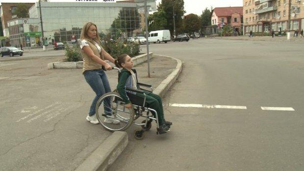 Дві сотні смілян на візку не можуть пересуватися міським транспортом. сміла, перевезення, транспорт, інвалідний візок, інвалідність