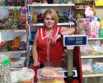 «Солодка» робота: у Долинській колишня безробітна стала працівницею закладу з «найсмачнішою» назвою. долинський район, кар'єрний радник, роботодавець, центр зайнятості, інвалідність