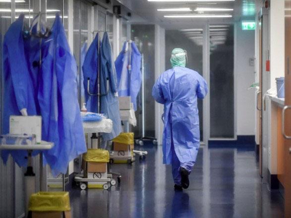 ФССУ призначив пожиттєві щомісячні виплати для шести медиків після профхвороби на COVID-19. фссу, коронавирус, медик, страхові виплати, інвалідність