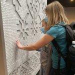 Музей Голодомору презентує інклюзивні проєкти для незрячих