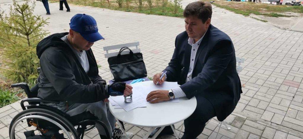 Регіональний представник Уповноваженого на Сумщині та керівник ГО «Рука допомоги м.Суми» підписали Меморандум про співпрацю. го рука допомоги м.суми, меморандум, представник уповноваженого, співпраця, інвалідність