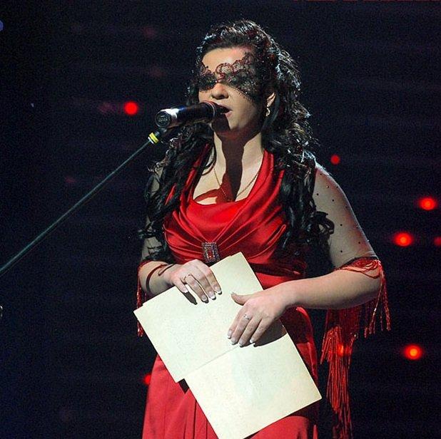 """10 років тому в """"Україна має талант"""" перемогла незряча співачка – як і чим сьогодні живе Олена Ковтун (ВІДЕО). олена ковтун, україна має талант, незряча, співачка, інвалідність"""