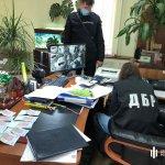 «Відкати» за отримання соціальних виплат: У Харкові слідчі ДБР затримали поліцейського