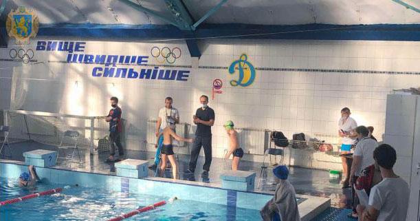 Люди з інвалідністю позмагались в обласному чемпіонаті з параплавання (ФОТО). львів, параплавання, чемпіонат, інвалідність, інтеграція