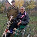 На футбольний матч — у інвалідному візку