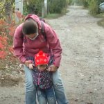 """Реабілітація у """"червоній"""" зоні: у Харкові запровадили онлайн-консультації для особливих дітей (ВІДЕО)"""