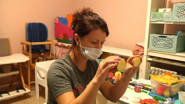 У Житомирі для 120 родин, які виховують дітей з комплексною інвалідністю, проводять розвиваючі уроки. бф місія в україну, житомир, дозвілля, сенсорно-розвиваючий урок, інвалідність