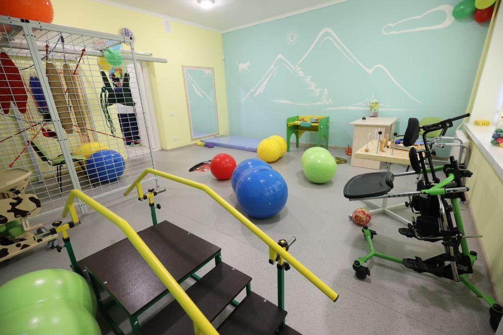 У 1-шій міській лікарні Львова створили Центр раннього втручання (ФОТО, ВІДЕО). львів, лікарня, раннє втручання, реабілітація, розвиток