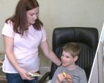 У Харкові батьки дітей з інвалідністю просять створити групу з навчання дітей (ВІДЕО). харків, денний догляд, діагноз, інвалідність, інтернат