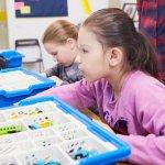 Прикарпатських дітей з інвалідністю безкоштовно навчатимуть робототехніці