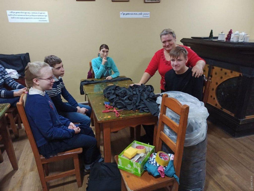 Загляни на чай с печеньем: в центре Одессы работает кафе, где весь персонал — люди с особыми потребностями. одесса, арт-терапия, инвалидность, кафе, клуб