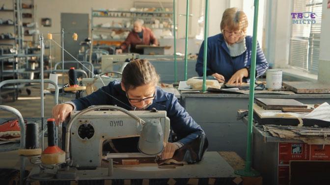 Пропагують індивідуальний підхід. Львівський протезний завод святкує 100-річчя (ВІДЕО). лкепзпіп, пацієнт, протез, протезування, підприємство