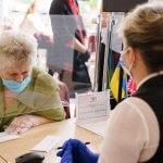 «Прозорі офіси» міськради обслуговують вінничан, які за станом здоров'я не можуть виходити з дому