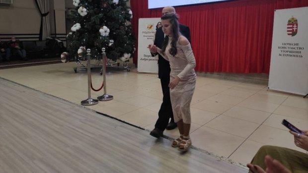 У Тернополі провели показ мод для людей з інвалідністю. тернопіль, подіум, показ мод, проєкт інклюзів арт, інвалідність