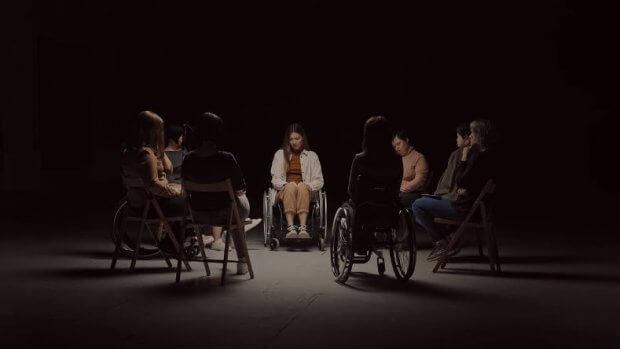 """""""Жінка з інвалідністю – це є жінка!"""" Українки зворушливо звернулися до народу. жінка, звернення, проблема, суспільство, інвалідність"""