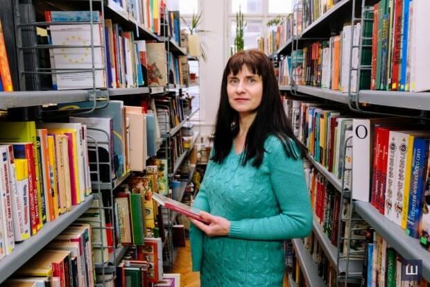 «Хочу, щоб мене сприймали такою, як є», – чернівчанка з особливістю про те, як зуміла стати успішною та щасливою мамою. галина добровольська, бібліотека, протез, суспільство, інвалідність