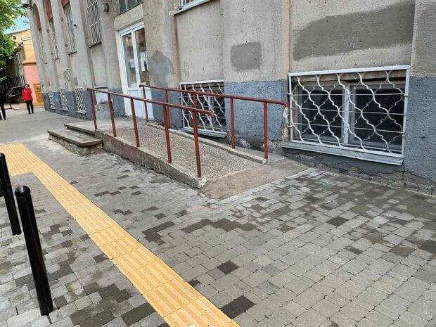 На программу для людей с инвалидностью в Одессе хотят потратить 36 миллионов вместо 17: на что пойдут деньги. одесса, инвалидность, пандус, пляж, подъёмник