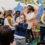 Світлина. У Львові триває соціально-мистецький проєкт «Зірки на Землі» для дітей з особливими освітніми потребами. Новини, інвалідність, інклюзія, особливими освітніми потребами, Львів, проєкт Зірки на Землі