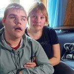 До суду - що два роки. На Сумщині батьки дітей з інвалідністю розповіли про проблеми з виплатами (ВІДЕО)