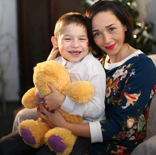 Надія Нестеренко: «Доля звела мене з людьми, які безкорисливо пропонували допомогу». дцп, надія нестеренко, допомога, соціалізація, інвалідність