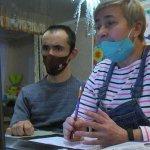 У Маріуполі вчать спілкуватись з людьми, які мають інвалідність