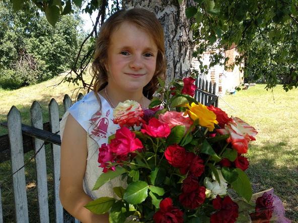 «Наше сонечко»: історія дівчинки, яку взяли на виховання у сімейний дитячий будинок. виховання, гіпс, дитячий будинок, стопа, інвалідність