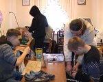 Перша професія: у житомирській спецшколі діти з інвалідністю вчаться шити і ремонтувати взуття (ВІДЕО). житомир, взуття, гурток, спецшкола, інвалідність