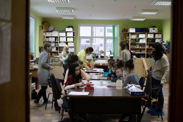 У Львові триває соціально-мистецький проєкт «Зірки на Землі» для дітей з особливими освітніми потребами. львів, особливими освітніми потребами, проєкт зірки на землі, інвалідність, інклюзія