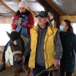 У Житомирі практикують іпотерапію як метод лікування та реабілітації дітей з інвалідністю (ФОТО, ВІДЕО)