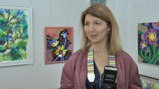 «Кожному мама своя»: у Полтаві показали світлини з дітьми із синдромом Дауна. полтава, виставка фотографій, проєкт, світлина, синдромом дауна