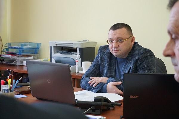 На Тернопільщині обговорили розробку програми зі створення безбар'єрного простору. тернопільщина, доступність, зустріч, нарада, інвалідність