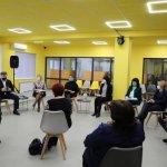 Світлина. Без бар'єрів: У Маріуполі розглянули питання створення доступних просторів. Безбар'ерність, інвалідність, доступність, проєкт, Мариуполь, взаємодія