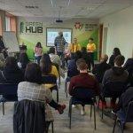Студенти Кривого Рогу обговорили проблеми, з якими стикаються сонячні люди (ФОТО)