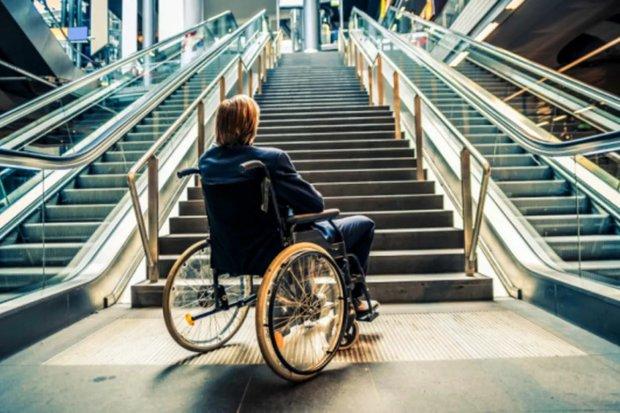 Місто моєї мрії – інклюзивність на кожному кроці: як у світі допомагають людям з особливими потребами?. пандус, пересування, універсальний дизайн, інвалідність, інклюзивність