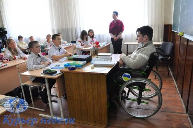 В Ренийскую школу на практику пришёл особенный студент…. вячеслав тихня, дцп, практика, студент, школа
