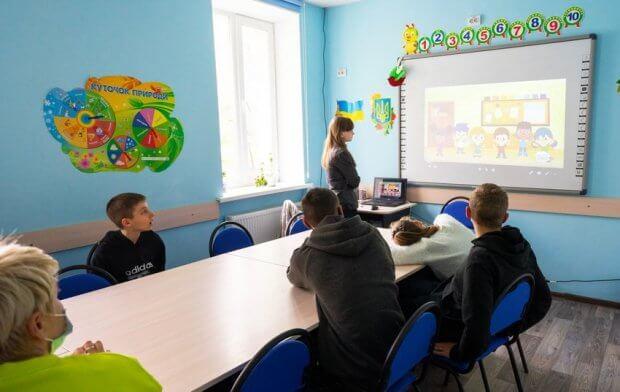 Вінничанка з аутизмом досконало вивчила англійську і представила Україну в проекті Корпусу миру США. тетяна голиборода, аутизм, волонтерка, проект корпусу миру, інвалідність