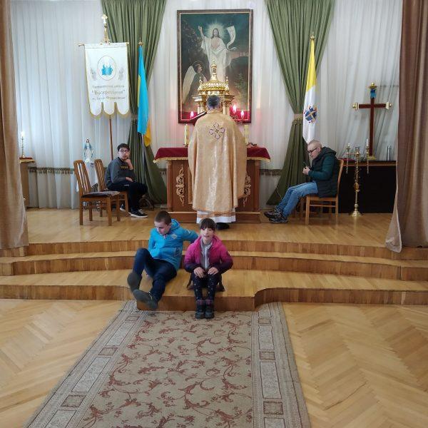Прихисток для особливих. івано-франківськ, літургія, суспільство, храм, інвалідність